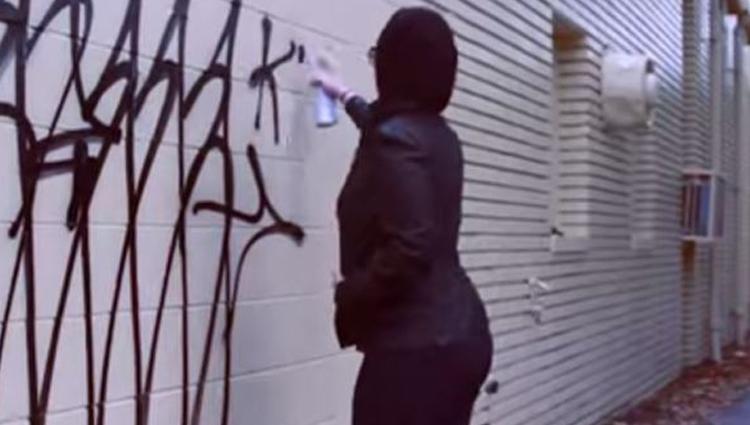10-escritoras-de-graffiti-realmente-rudas-karma